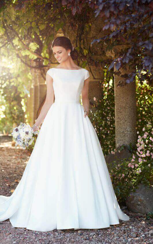 Emily-Bridalwear-Erryn-Essense-of-Australia