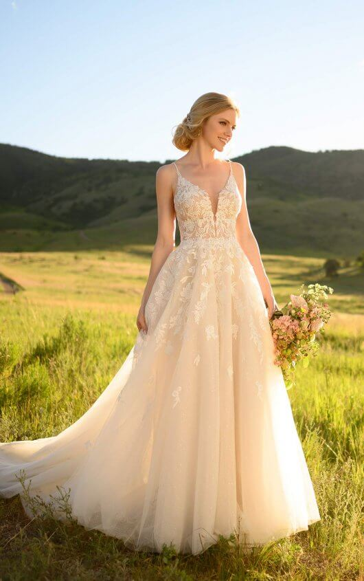 Emily-Bridalwear-Meadow-Martina-Liana