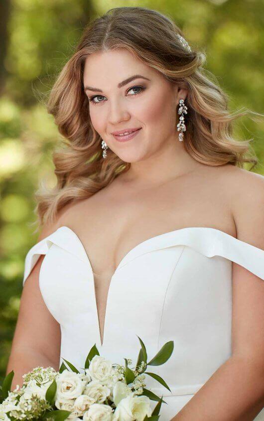 Emily-Bridalwear-Ellen-Essense-of-Australia