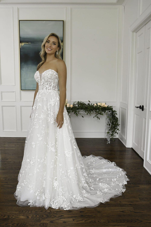 Essense of Australia D3258 Cleo | Wedding Dresses | Emily Bridalwear